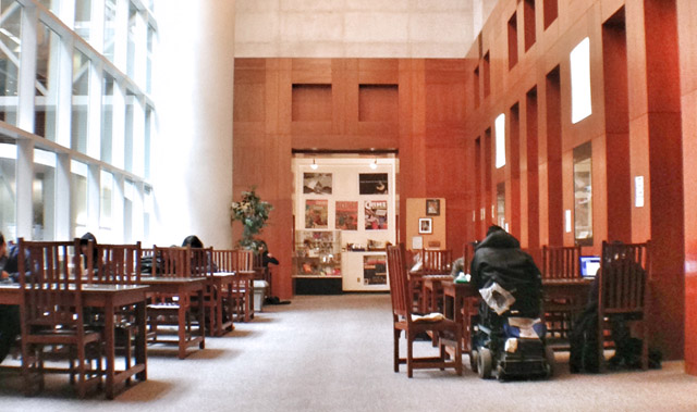 Study space in the Niederhoffer Lounge, Lloyd Sealy Library, John Jay